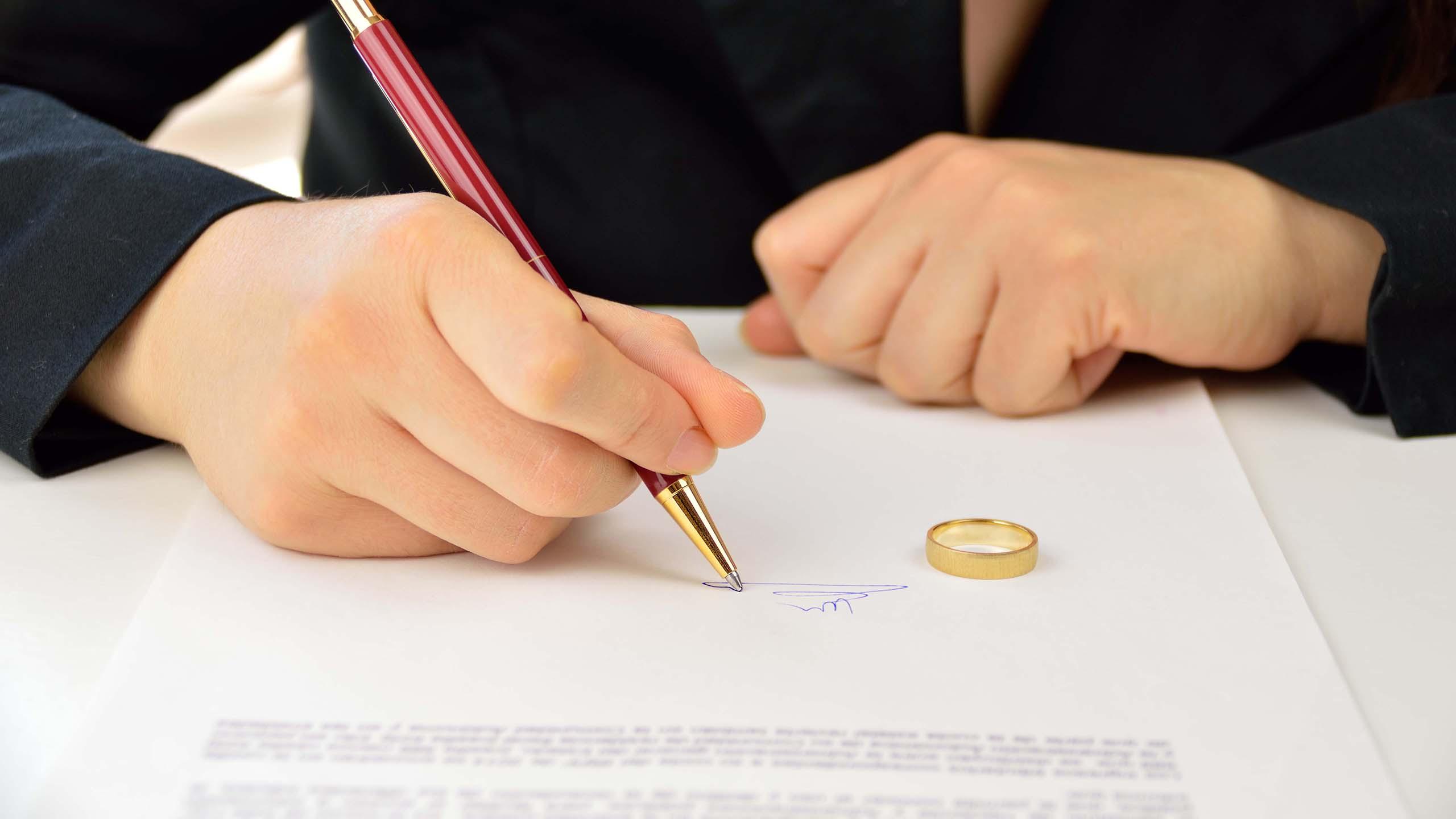 Nieuwe wet: niet meer alles samen delen bij scheiding